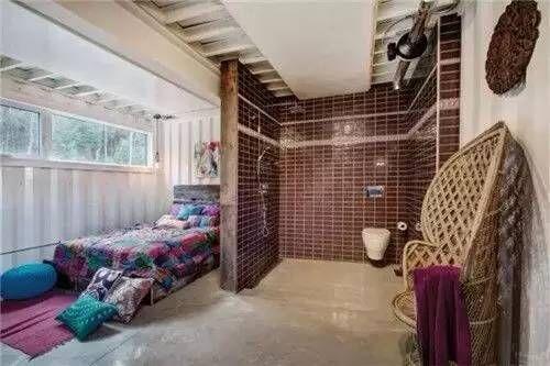 国外女设计师用集装箱创新改造闺房