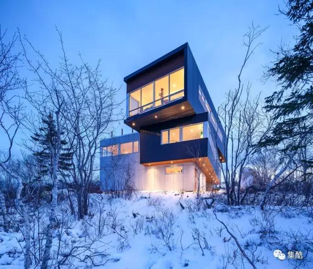 集装箱创意住宅坐落在哈利法克斯海边最高的高原的山顶,对快乐点公园图片